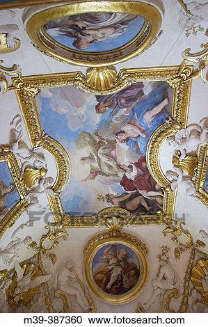 Stock fotografie zoek uit 22 0 miljoen miljoen foto 39 s plaatjes en royalty vrije beelden - Schilderij in de kamer ...
