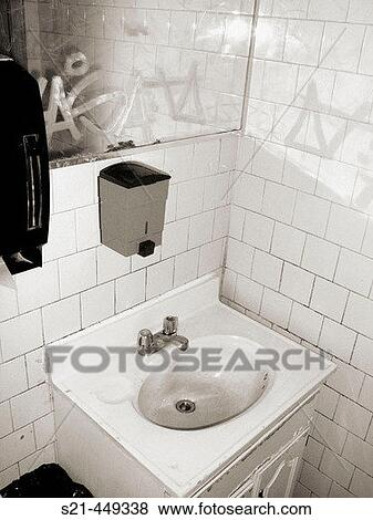 Pictures Of The Sink Of A Public Bathroom In An Old Diner In New York City G