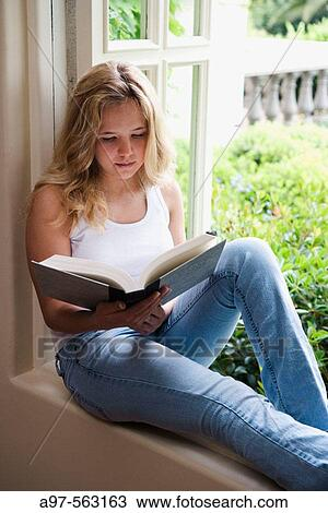 Photos pour Adolescente nu, Images de Adolescente nu