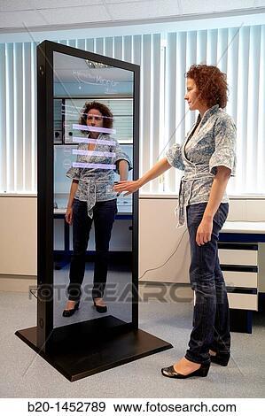 Banque de photographies interactif miroir cela permet for Miroir interactif