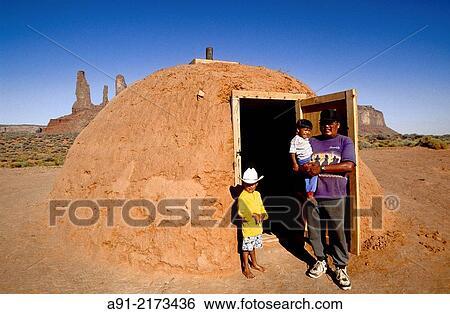 Navajo Hut, a photo from Arizona, West | TrekEarth