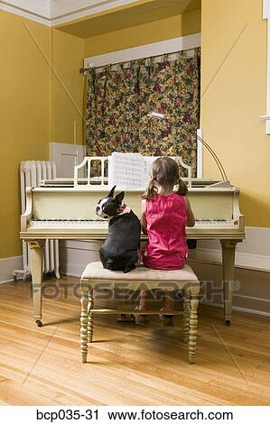 how to play photograph on piano