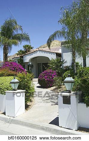 Banco de Imagem - bonito, jardim, rolamento, flores ...