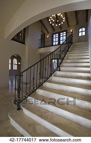 image marbre escalier 42 17744017 recherchez des photos des images des photographies et. Black Bedroom Furniture Sets. Home Design Ideas