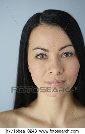 Femme Asiatique Nue Banque D'Images, Vecteurs Et
