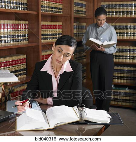 lawyers at desk - photo #40