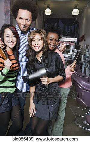 Ethnic Hair Stylists 89