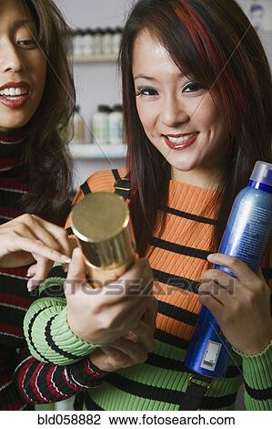 Ethnic Hair Stylists 32