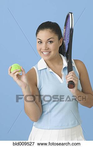 Beeld tiener meisje het poseren met tennis racquet bld009527 zoek stock fotografie foto - Tiener meisje foto ...