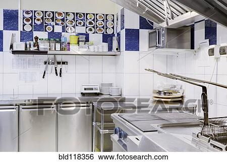 Banque d 39 images cuisine commerciale coin bld118356 for Equipement de cuisine commerciale