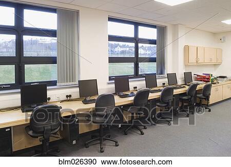 Modern High School Classroom : Interior classroom designs for high school boys room painting