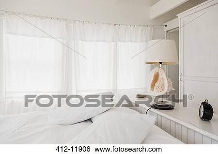 Arkivbilder - skall, lampe, inn, hvit, soverom 412-11906 - Søk ...
