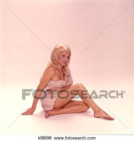 clipart vektorgrafiken nackte blonde frau