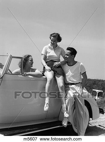 Roberts Auto Group >> Picture of 1930 1930S 2 Women 1 Man Sitting Car Talking ...