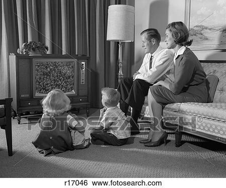 Stock bilder 1960s familie vier in wohnzimmer for Wohnzimmer 1960