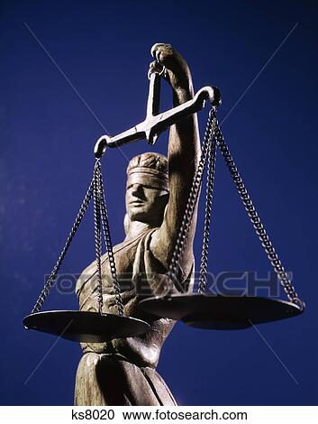stock photography of scales justice statue blind ks8020