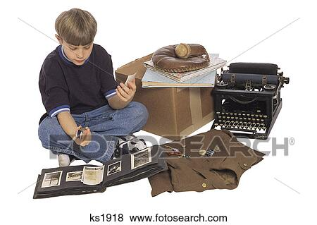 images gar on divers antiques photo album machine crire gant base ball uniforme. Black Bedroom Furniture Sets. Home Design Ideas