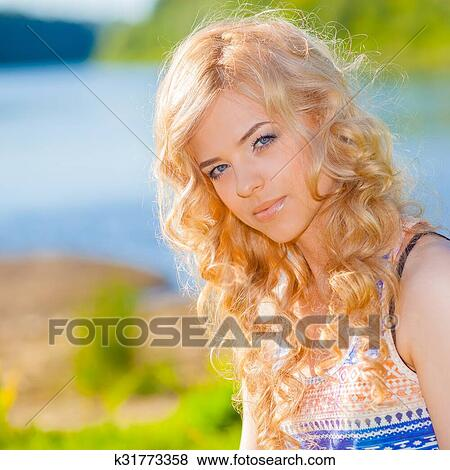Is hot nude blonde teen