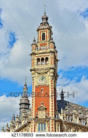 Banque de photo tour horloge de historique chambre for Chambre de commerce de tours