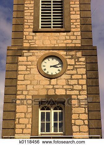 Turmuhr clipart  Stock Bilder - turmuhr k0118456 - Suche Stockfotografie ...