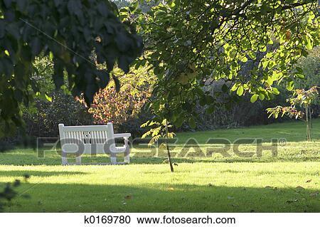 Stock photography of english garden k0169780 search for English garden wall mural