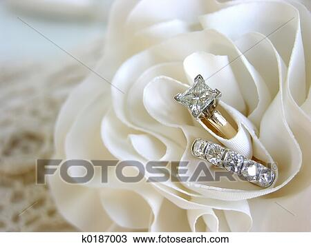Wedding Ring Images And Stock Photos 207849