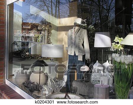 stock fotografie kaufen fenster k0204301 suche stockfotos fotos prints bilder und foto. Black Bedroom Furniture Sets. Home Design Ideas
