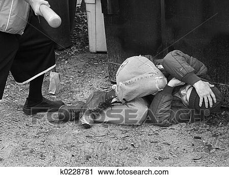 Bilder zur Episode Christopher McCowen: Mord an einer Journalistin Im Januar finden Bekannte die Journalistin Christa Worthington grausam zugerichtet in ihrem Haus in Cape Cod.