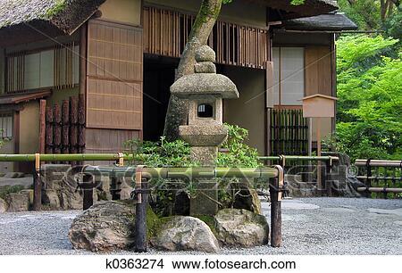 Banque de photo japonaise maison th k0363274 - Zen forest house seulement pour cette maison en bois ...