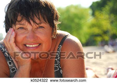 частное фото женщин старых