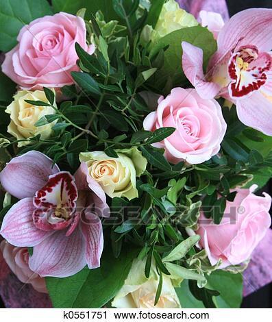 Archivio fotografico mazzo fiori k0551751 cerca for Disegni del mazzo del secondo piano