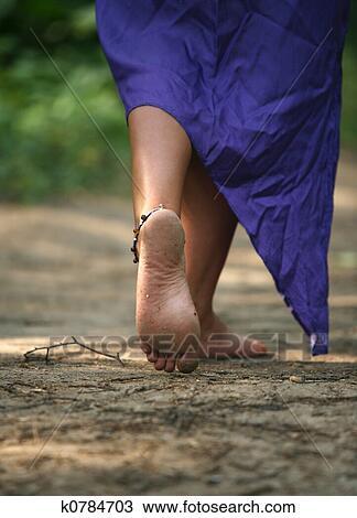 грязные женские ступни фото