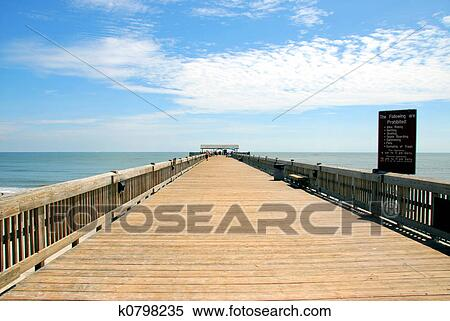 Stock image of fishing pier k0798235 search stock photos for Tybee island fishing pier