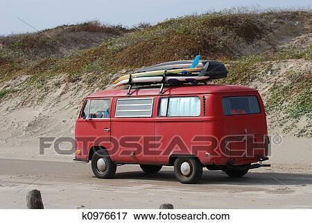 bild alt volkswagen bus mit surfbretter strand. Black Bedroom Furniture Sets. Home Design Ideas