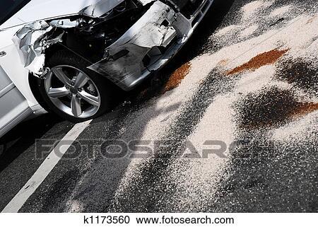 banques de photographies accident voiture cons quences k1173560 recherchez des photos des. Black Bedroom Furniture Sets. Home Design Ideas