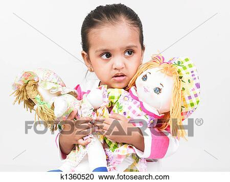 Les filles comme photo de poupées