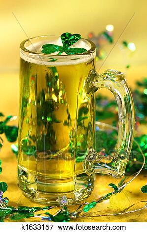 Immagine giorno st patrick birra verde k1633157 cerca - Immagini st patrick a colori ...