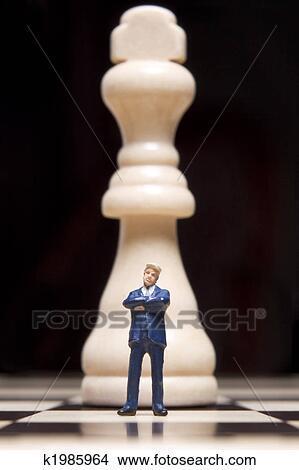 Stock Foto - geschaefts, porzellanfigur, und, schach. Fotosearch - Suche Stockbilder, Wandbilder, Bilder und Clip-Art Fotos