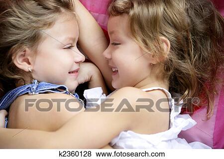 Порно фото красивых сестер 27285 фотография