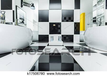 Banco de fotograf as dos fregaderos en moderno for Azulejo a cuadros blanco y negro barato