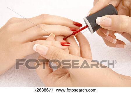Chi rivolgersi su trattamento di unghie di fungo