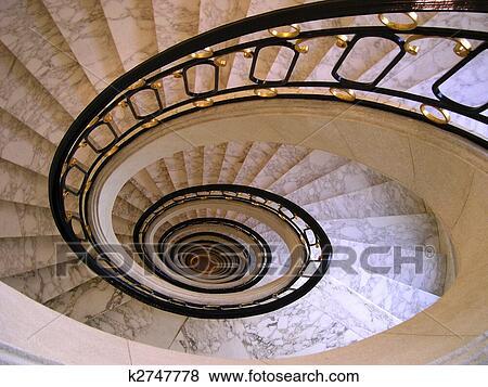 Images escalier spirale k2747778 recherchez des photos for Escalier spirale