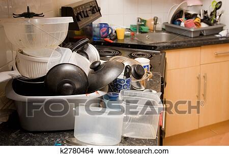 banque de photo cuisine sale d sordre vaisselle k2780464 recherchez des images des. Black Bedroom Furniture Sets. Home Design Ideas