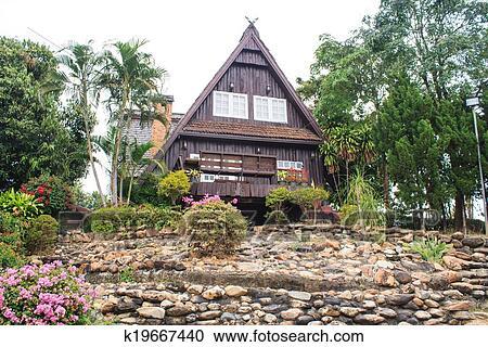 免版税(rf)类图片 - 三角形, 屋顶, 房子图片