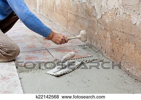 Immagini piastrellista lavori in corso con flooring - Piastrellista cerca lavoro ...