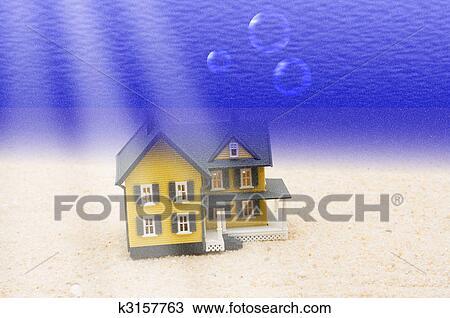 手绘图 - 房子, 水下