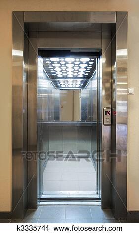 Banque de photo ascenseur k3335744 recherchez des for Decoration porte ascenseur