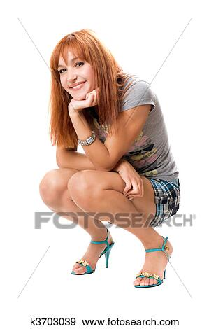фото девчонок сидящих на корточках