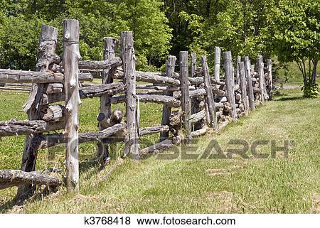 images rustique rural cl ture bois k3768418 recherchez des photos des images des. Black Bedroom Furniture Sets. Home Design Ideas