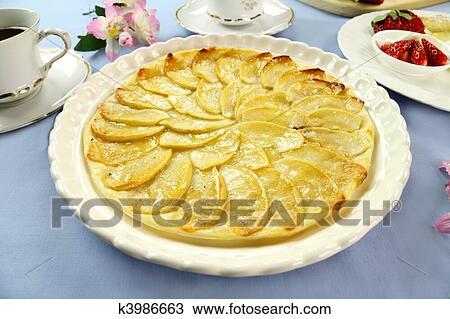 Dessin plat tarte aux pommes k3986663 recherchez des - Dessin tarte aux pommes ...